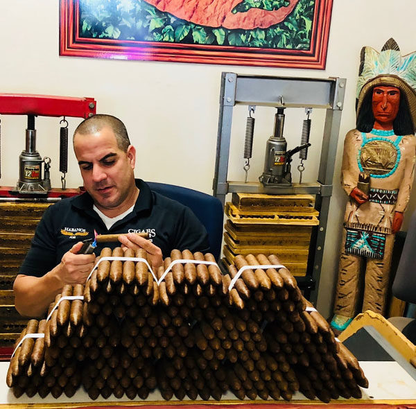 igar Factory | Hand Rolled Cigar Shop | JO Cigars | Habanos Smoke Shop