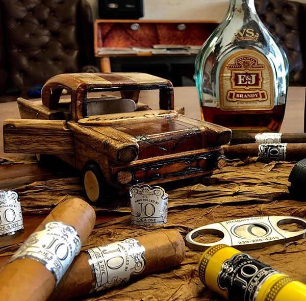 Cigar Factory | Hand Rolled Cigar Shop | JO Cigars | Habanos Smoke Shop